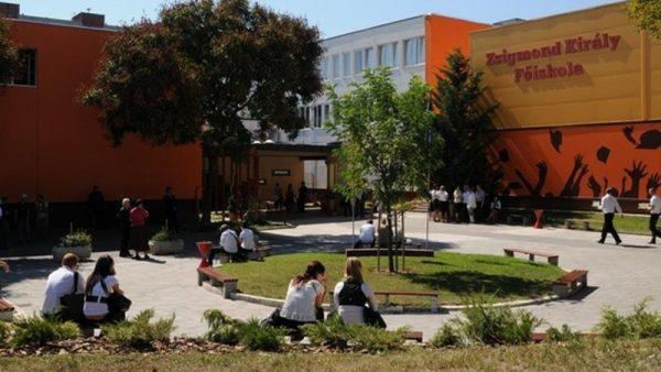 Megalapult a Zsigmond Király Főiskola